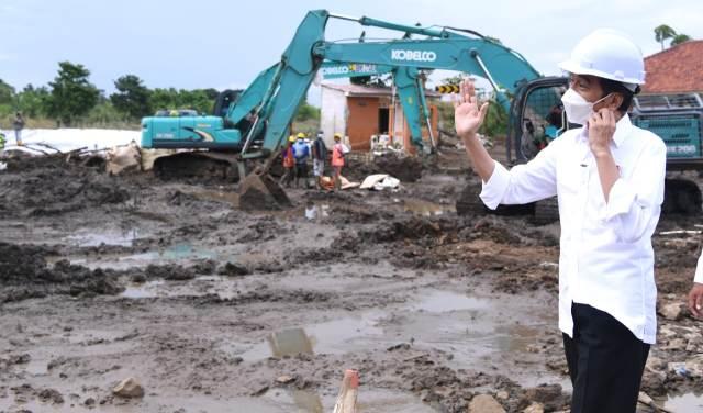 Tanggul Jebol, Presiden Harap Perbaikan Secepatnya